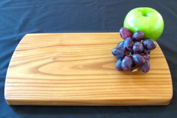 Sometimes, less is more. Whether you just need to cut up a little something for dinner, or make a sandwich, these single-plank boards in reclaimed olive wood are the perfect solution in the kitchen. These make great gifts for the cook with one-too-few places to chop, or the young adult going off to college or getting that first apartment. What a great way to bring these trees into your home!
